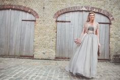 A Taupe Grey Vera Wang Gown for a Vintage Glamour Farm Wedding