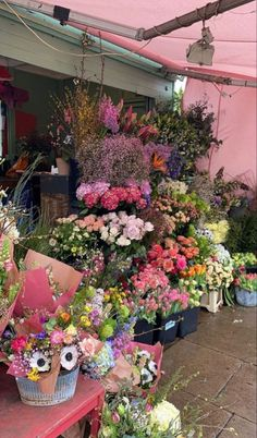 Image in FLOWERS collection by 𝚉𝙾𝙴 on We Heart It Spring Aesthetic, Flower Aesthetic, Nature Aesthetic, Beautiful Flowers, Beautiful Places, Beautiful Scenery, Animals Beautiful, No Rain, New Wall