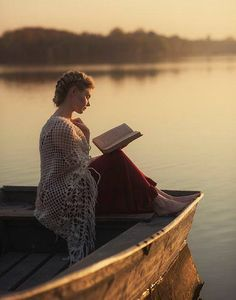 "Reading on lake. Life's simple pleasures. Photo by David Dubnitskiy.""The lake of my mind, unbroken by oars, heaves placidly and soon sinks into an oily somnolence."" ― Virginia Woolf, The Waves I Love Books, Good Books, Books To Read, Reading Books, David Dubnitskiy, Foto Portrait, Quiet Moments, Woman Reading, Lectures"