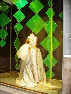 Vestido adornado con dorado - La Boheme 1994