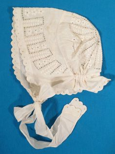 Lovely Antique Early 1900s Dutch Style Eyelet Baby Bonnet, Toddler Size, Hat