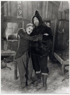 Chaplin & Mack Swain The Gold Rush 1925 ©Roy Export SAS