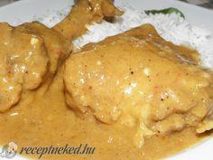 Csirke curry Garam Masala, Empanadas, Bacon, Curry, Good Food, Food And Drink, Chicken, Curries, Empanada