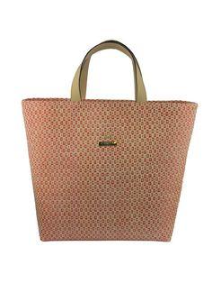 Bolsa modelagem sacola, em ráfia, com alça em couro. Crislli verão 2015