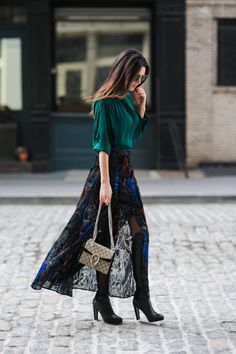 Now Styling: Vibrant Jewel Tones - Obsessions Now Winter Outfits Women, Fall Fashion Outfits, High Fashion, Womens Fashion, Style Casual, Feminine Style, Estilo Street, Style Haute Couture, Estilo Fashion