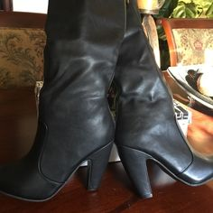 """NEW! Sexy black boots...size 8 ..new without box Are you a PETA supporter? Don't like to buy real animal hides for shoes, coats, etc. Do you like shoes/boots but can't justify spending hundreds of dollars on them. These boots are all man made materials(looks like real leather)..size 8 with 4"""" heel ...calf size of boot is 5 1/2 inches measured flat..total height from bottom of heel to top is 21""""...nice boots at a affordable price!!!  Brand new without box Shoes Heeled Boots"""