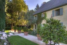 Depósito Santa Mariah: Casa Inspiração Francesa!