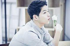SONG JOONG KI❤️ Korean Men, Korean Actors, A Werewolf Boy, Sungkyunkwan Scandal, Innocent Man, Song Play, Song Joong Ki, First Tv, Running Man