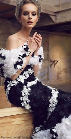 Class ~ Chanel ~ Haute Couture Black and White Dress