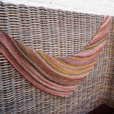 Ravelry: Quaker Yarn Stretcher Boomerang pattern by Susan Ashcroft