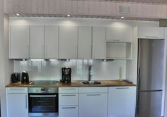 valaistus Holiday Club, Kitchen Lighting, Kitchen Cabinets, Indoor, Home Decor, Interior, Decoration Home, Room Decor, Cabinets