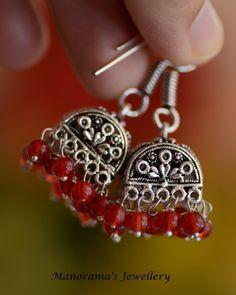 zierliche-perlen-metallic-rot