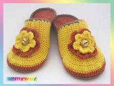 Baby Shoes, Slippers, Kids, Fashion, Flower Crochet, Inside Shoes, Threading, Tutorials, Children