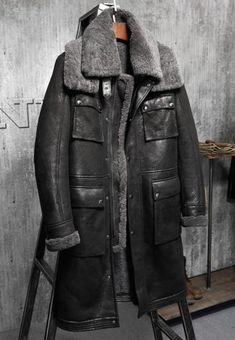 Men s Shearling Jacket Long Outerwear B3 Flight Jacket Mans Sheepskin  Aviator Fur Coat Lambs Fur Jacket 8f33ae526