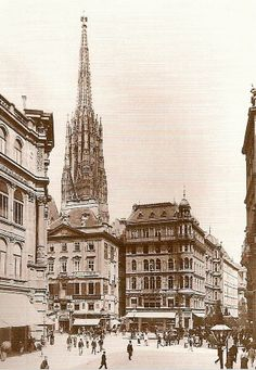 """The """"Stock-im-Eisen"""" square around view from Graben. On the left you can see St. Stephans behind a house and on the right is """"Singerstrasse"""". Vintage London, Old London, Chariot Racing, Monuments, Old Pictures, Time Travel, Paris Skyline, Travel Inspiration, Photographs"""