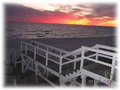 Florida Panhandle Beach Vacation Rentals, Panama City Beach, Southern Comfort, Sunshine State, Ideal Home, Townhouse, Places To Visit, Florida, Explore