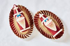 Hap, hap. Dááág Sinterklaasje van marsepein! - recept - Allerhande December, Desserts, Food, Seeds, Meal, Deserts, Essen, Hoods, Dessert
