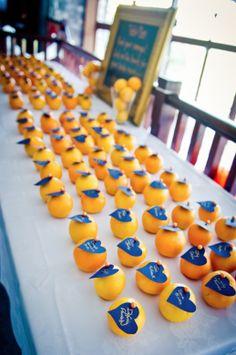 Sempre per darvi qualche spunto, ho scelto le immagini di un Matrimonio in arancione. L'arancione è il risultato della mescolanza del rosso e del giallo.