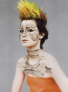 https://www.myfdb.com/editorials/99464/image/329292-w-editorial-poor-little-punk-girl-may-2011-shot-4 My Fashion Database: W. Editorial Poor Little Punk Girl, May 2011 Shot #fashion #photography #magazine #editorial #MYFDB