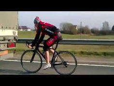 Crazy as all f#ck! Road #cyclist imitating the semi truck scene from #BreakingAway, hitting 90 km per hour (55 mph).
