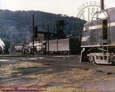 VGN   VGN EL-2B #120, AG #903, SB switcher  Roanoke