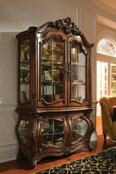 If I ever came into a windfall, this is one of the china/curio cabinets I want!  from Magnolia Hall-Made in the USA <3