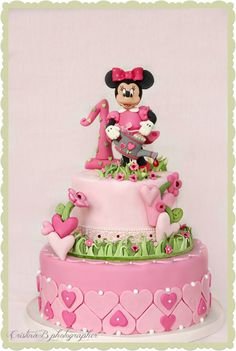 62 ideas of best birthday cake mickey mouse 2019 Minni Mouse Cake, Bolo Da Minnie Mouse, Mickey And Minnie Cake, Bolo Mickey, Minnie Mouse Birthday Cakes, Mickey Cakes, Gorgeous Cakes, Amazing Cakes, Baby 1st Birthday Cake