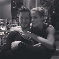Elizabeth Berkley Eliminated on Dancing With the Stars 2013, Week 9: Cast Reacts!
