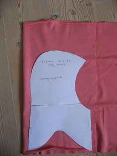 Fru Flittig: Baby Month: DIY vendbar elefanthue med mønster Sewing Patterns For Kids, Sewing For Kids, Baby Sewing, Diy For Kids, Knitting For Kids, Crochet For Kids, Baby Knitting, Sewing Clothes, Diy Clothes