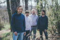 Tomáš Klus a jeho Cílová skupina se už těší na turné. Couple Photos, Couple Shots, Couple Pics