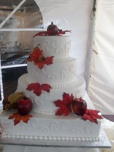 Calumet Bakery Fall wedding cake. Calumet Bakery, Wedding Planning, Wedding Ideas, Wedding Stuff, April Wedding, Fall Wedding Cakes, Pearl And Lace, Specialty Cakes, Cake Designs