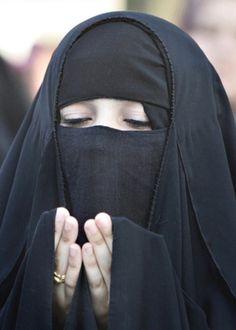 Iraq - grace#hijab ❤•♥.•:*´¨`*:•♥•❤