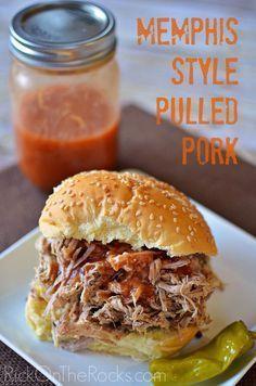 Memphis Style Pulled Pork Recipe - A Crockpot - Slow Cooker favorite! #southernpulledporkrecipe