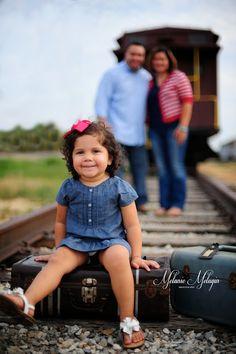 Ramirez Family Fall Pictures www.facebook.com/melaniemeluginphotography