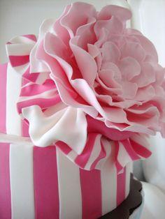 pink theme wedding cake — Red/Pink