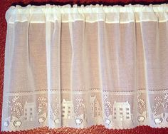 Country Willow comes in a Valance and 24 and 30 inch Tiers.  The Valance is $18.95