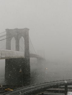 Snowy day, Brooklyn Bridge.