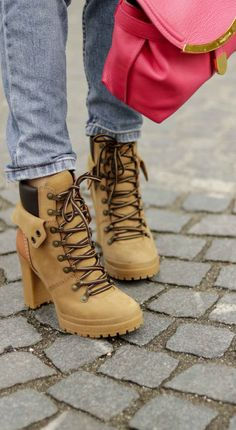 0e3aea2a1 Shoes to wear with light blue jeans in winter   Brunette from Wall Street