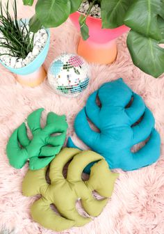 A Kailo Chic Life: Sew It - Monstera Leaf Pillows