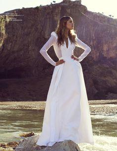Gorgeous dress by  Clarisse Hieraix.