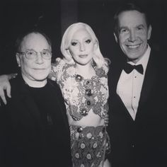 What's a lady to do sandwiched between Jeff Koons and Paul Simon I supposed I would just gaze into their talented eyes.