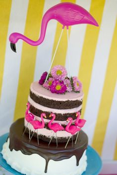 Gorgeous Flamingo Cake at a Little Girl's Birthday Party!