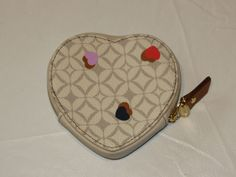 Fossil SL5065688 Heart Coin Sweetheart leather coin purse off white NWT*^ #Fossil #CoinPurse