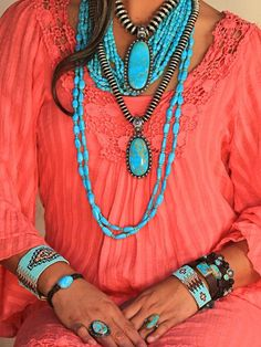 turquoise layered necklace, like the different chains