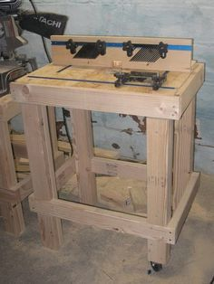 Router Table - by LegendInMyOwnMind @ LumberJocks.com ~ woodworking community