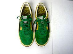 b35db97e061 Vintage green and yellow suede mens Pumas tennis shoes
