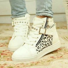Buy Casual Shoes for women From Shoespie. You can choose your favorite casual shoes, sneakers & canvas shoes. High Top Sneakers, Sneakers Mode, Sneakers Fashion, Fashion Shoes, Shoes Sneakers, Women's Shoes, High Heels, Gold Shoes, Wedge Sneakers