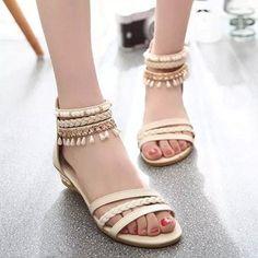 e9f3578dc92 13 Great Women Sandal images