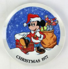 Vintage, 1977, Wlat Disney, Mickey Mouse, Christmas Decorator Plate.  Item: Collectors Plate  Brand: Schmid  Model: Santa Mickey Mouse