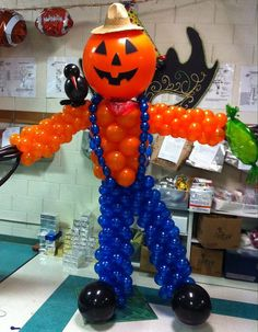 Halloween Balloon Pumpkin Scarecrow